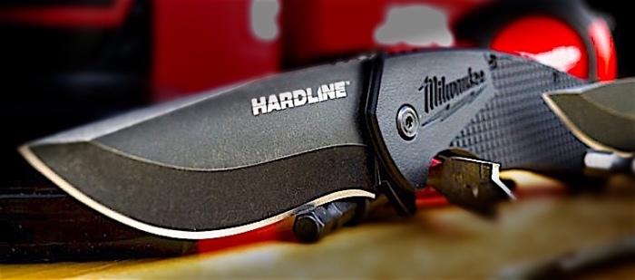 Milwaukee-Hardline-Smooth-Blade-Pocket-Knife-770x472.jpg